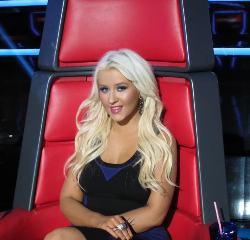 New stills from The Voice live shows TheVoiceSeason2LiveShowOneResults5