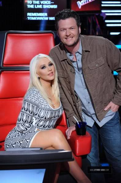 New stills from The Voice live shows TheVoiceSeason2Stills14