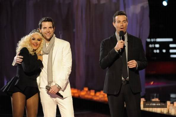 New stills from The Voice live shows TheVoiceSeason2Stills30