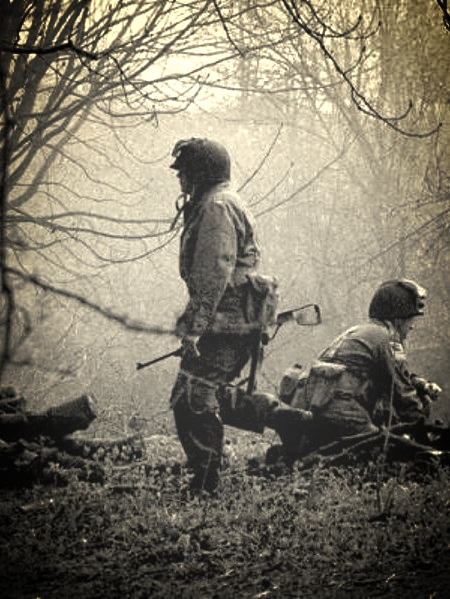 MAPPLEDURHAM AT WAR Varsity2052_zps20c3a032