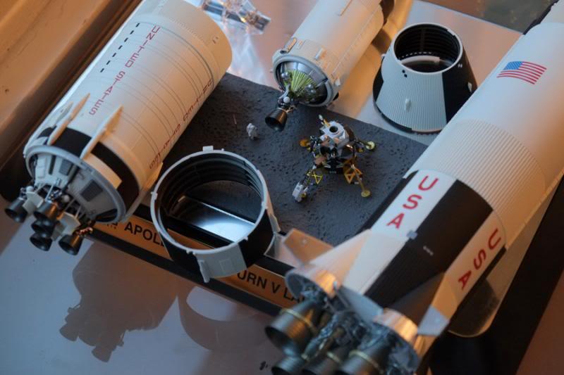Bandaï Saturn V Apollo 11 & 13 au 1:144, bientôt reproduites DSCF2529