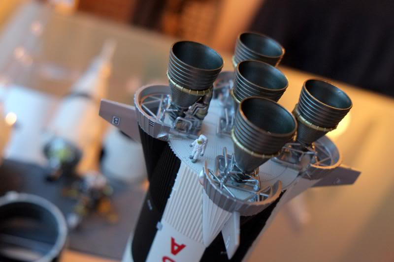 Bandaï Saturn V Apollo 11 & 13 au 1:144, bientôt reproduites DSCF2532