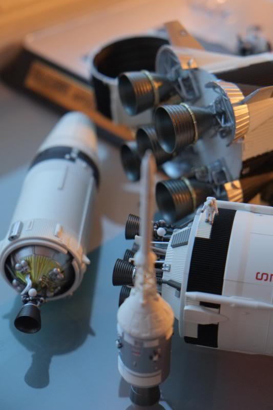 Bandaï Saturn V Apollo 11 & 13 au 1:144, bientôt reproduites DSCF2534