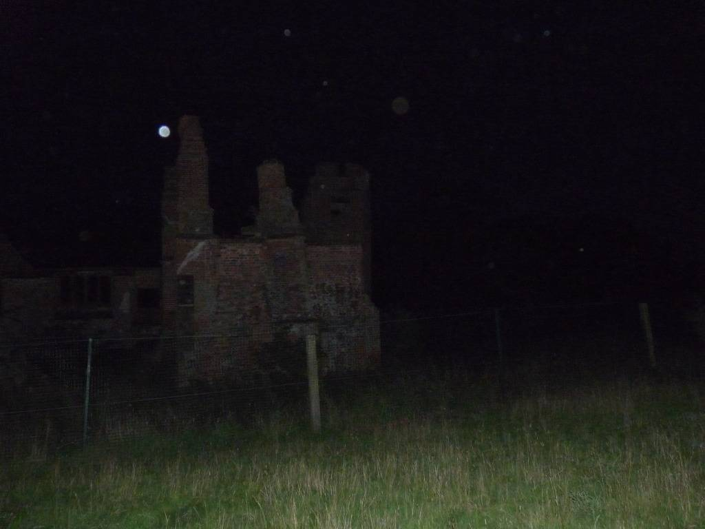 Possible full bodied apparition at the dower house. Heresthis_zpsa8771ea7