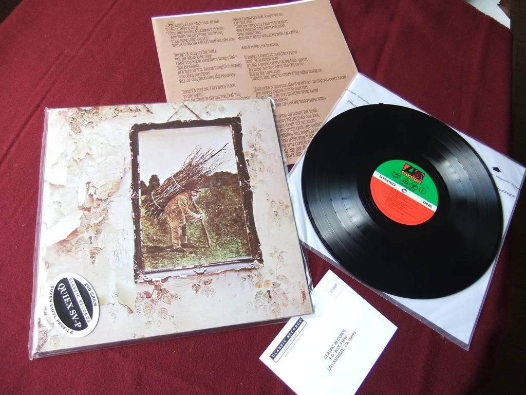 Led Zeppelin II - Originais e Reedição 2014 DSCF0871_zpsli8s1ftl