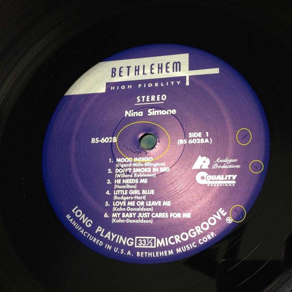 Vinyl Yes Weekend !!! Label_zpsdlr9zvey
