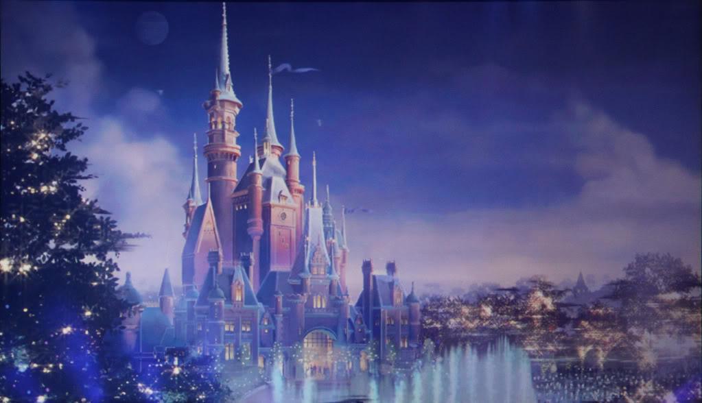 [Shanghai Disneyland] The Enchanted Storybook Castle (2016) - Page 4 Sdlcastle6-1