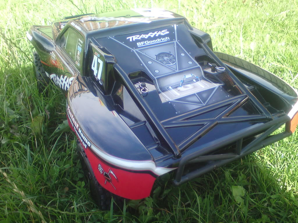 my  brushless 2wd slash  DSC01294