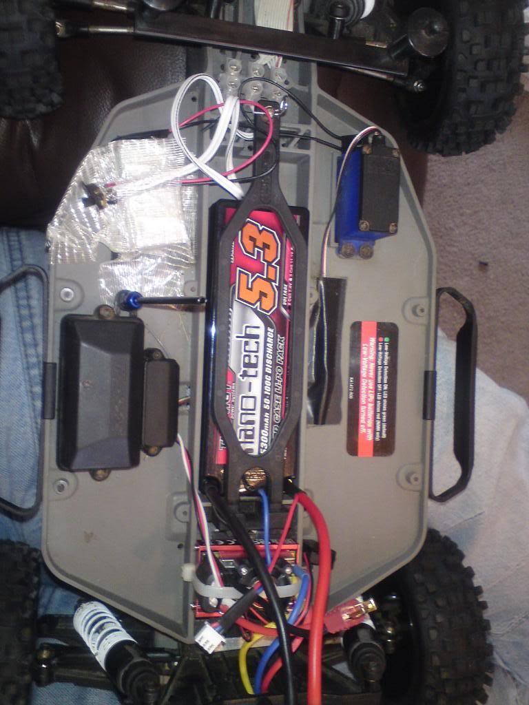 my  brushless 2wd slash  DSC01322-1