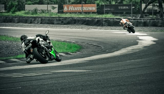 The story continued, with RSV4 Factory RACE at Sentul!!! >>> Page 34 <<< - Page 19 IMG_9530cc-2kcil