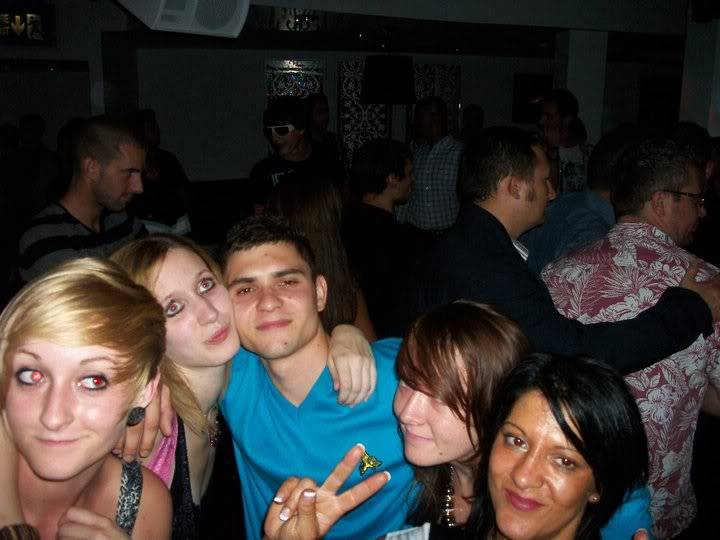 Wicked night out lol - Page 4 41018_1572409227908_1165831956_3024073_5432396_n