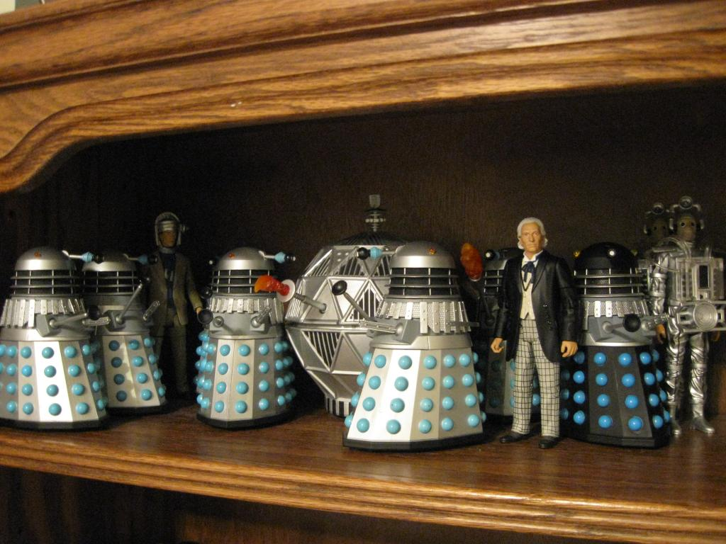Show off your figure collections!!! - Page 17 DoctorWho5FigureCollection001_zpsab99c580