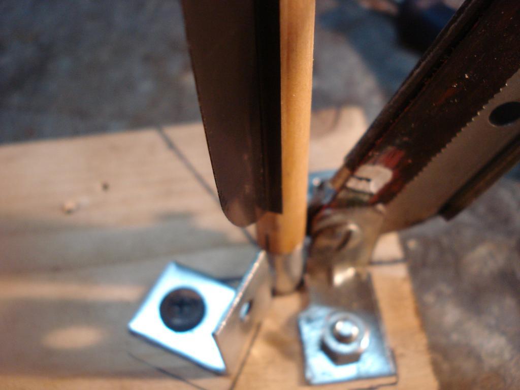 Emplumadora de flechas caseras y emplumado DSC06969_zps7b3cb131