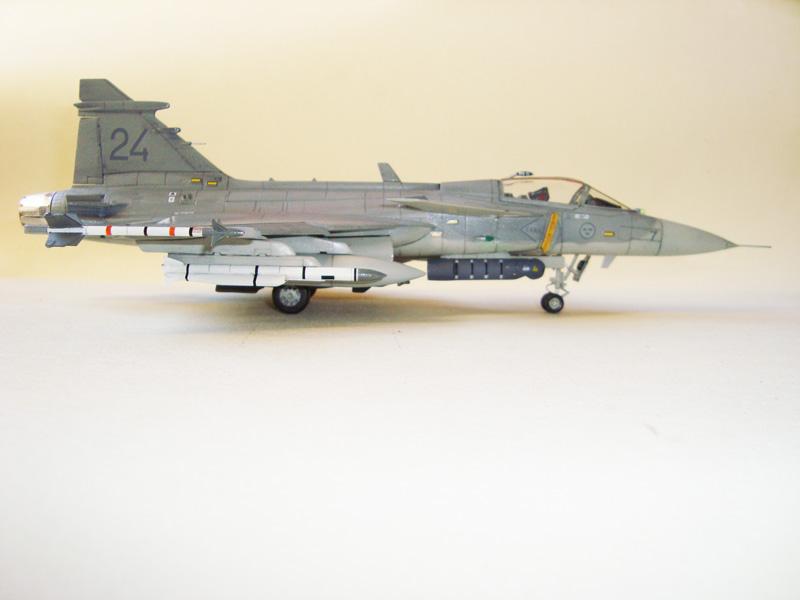 1/48 JAS-39E Gripen Italeri JAS-39Er03_zps82723c00