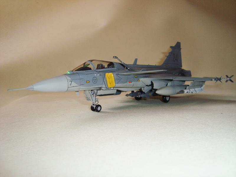 1/48 JAS-39E Gripen Italeri JAS-39Er08_zpseb13fd5d