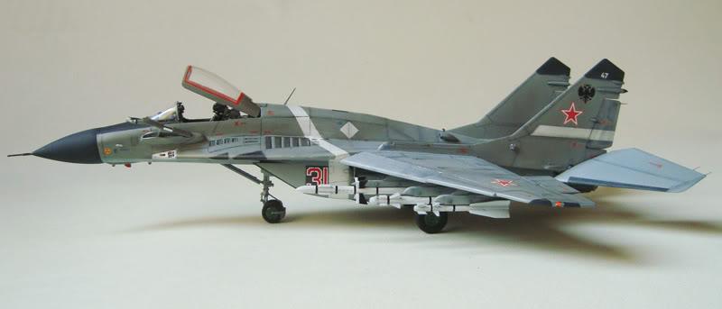 Mig-29 SMT Academy 1/48 Mig-29SMTAcademy1_4806r2