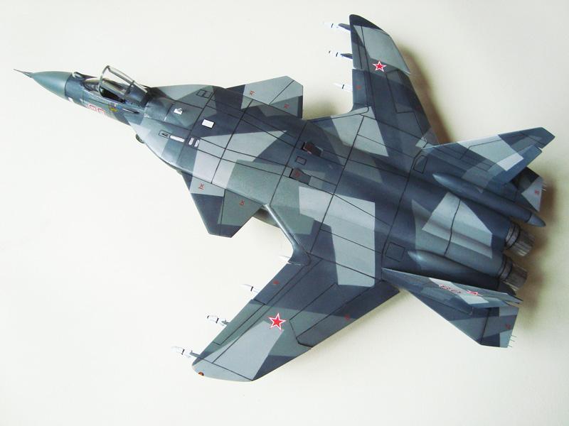 SU-47 Berkut 1/48 SU-4704r