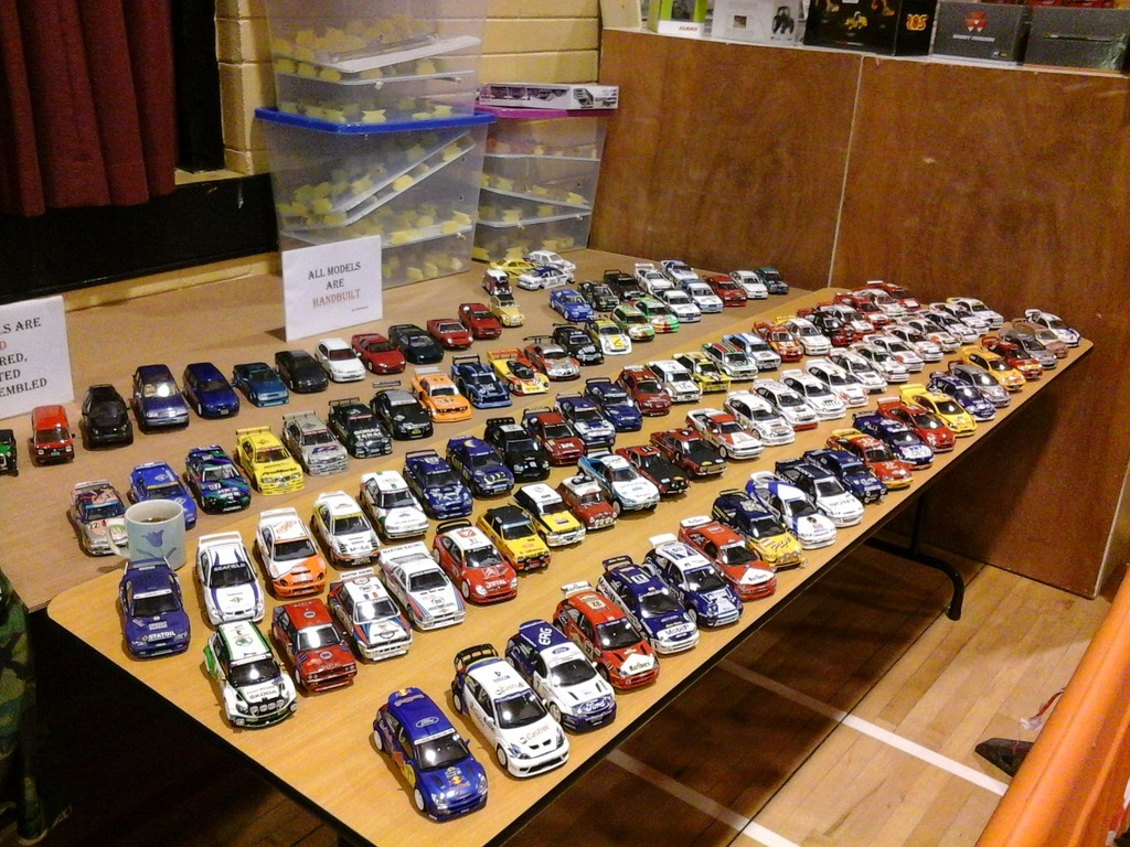 Millstreet Vintage Club Model Toy Show - Page 2 20151101_115342_zpssqodhg8e