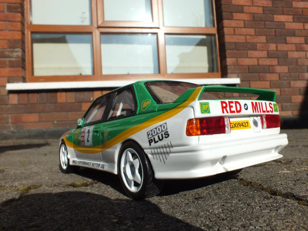 1/18 BMW M3 Billy Connolly West Cort Rally 1991 DSCF6841_zpsf8993bc2