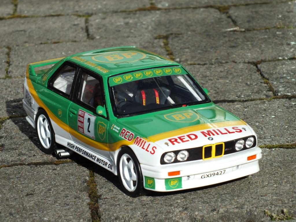 1/18 BMW M3 Billy Connolly West Cort Rally 1991 DSCF6842_zps04715be0
