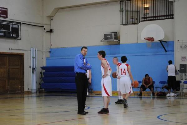 Basketball tournament pictures L_ba8597ecafdb47c39c102042c46de559