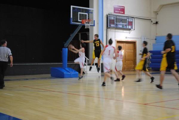 Basketball tournament pictures L_dd9078f4b9864246886308ff29d5e1ea