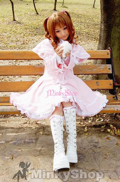 Lolita =3 Whitebootsgirlcopyrighted