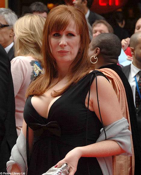 Sexiest Most Gorgeous Catherine Photos.... CtateDM2005_468x577