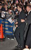 Rob @ the Letterman Late Show... 18 Novembre 2009... Th_16