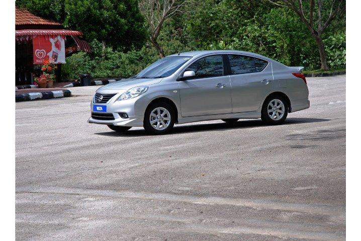 Tản mạn về dòng xe du lịch Subcompact Nissan_almera_impul_zps6e8b0121
