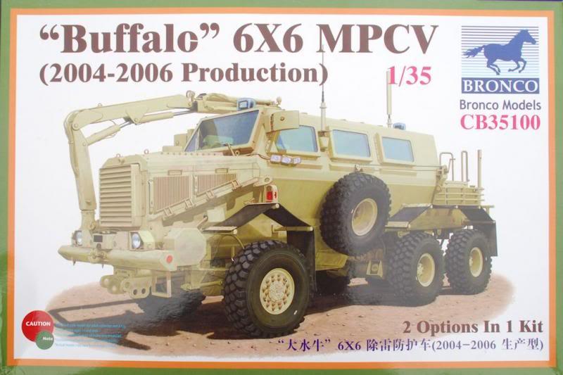 Vendo itens de Militaria, Canos de metal tudo na escala 1:35 Atualizado em 07/03/2014 Bronco1_35buffalo6x6mpcv1_zps747111dc