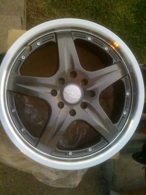 Shit for sale wheels, 350z engine and more Abb9f90f
