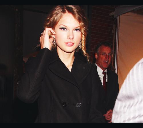 +Taylor'SWIFT.Relationships MissSwift