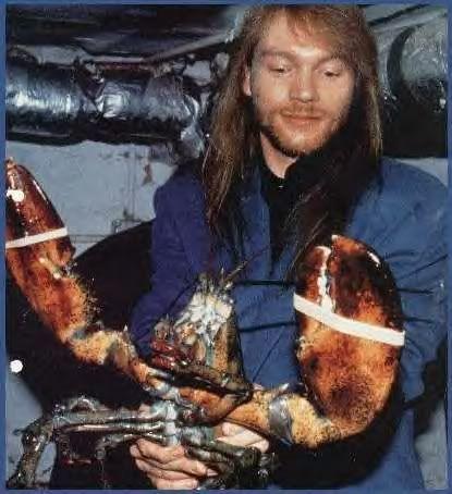 [FOTOS] W. Axl Rose (fundador, lider, alma, esencia y Señor de Guns N' Roses) (2) - Página 27 90fuera_-75