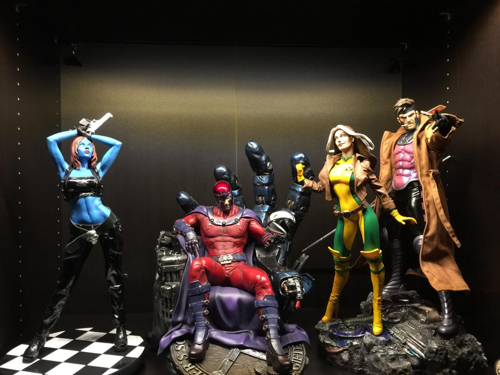 Premium Collectibles : Magneto on Sentinel Throne - Page 13 IMG_1133