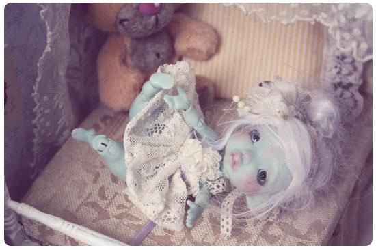 *Caline, Reine des souris* [ Krot Helo lilas]  bas p7 IMG_1268