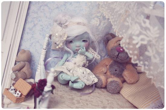 *Caline, Reine des souris* [ Krot Helo lilas]  bas p7 IMG_1269