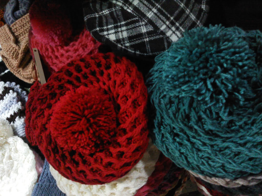 Mọi người cho em hỏi về kiểu đan mũ nồi này với ạ  P110112_1801