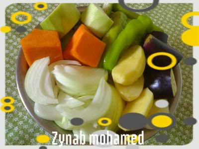 ملف يوضح طريقة تحضير اغلب اطباق الكسكسي الليبي الطرابلسي بالتفصيل من الألف إلى الياء 200810252625-001