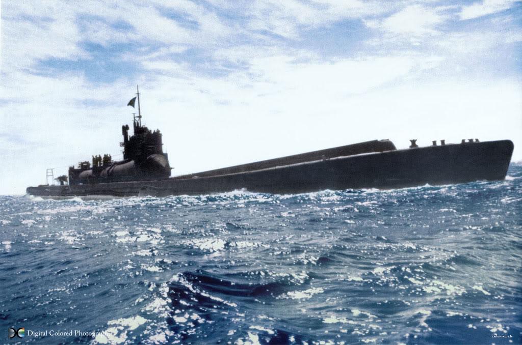 الغواصة اليابانية الحاملة للطائرات Sen Toku I-400-class  + فيديوهات HD  نادرة  و لاول مرة 4cfa7acci400ki4