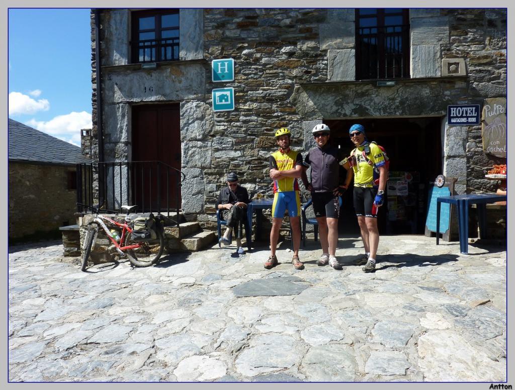 Pamplona - Santiago : nuestro camino P1100405
