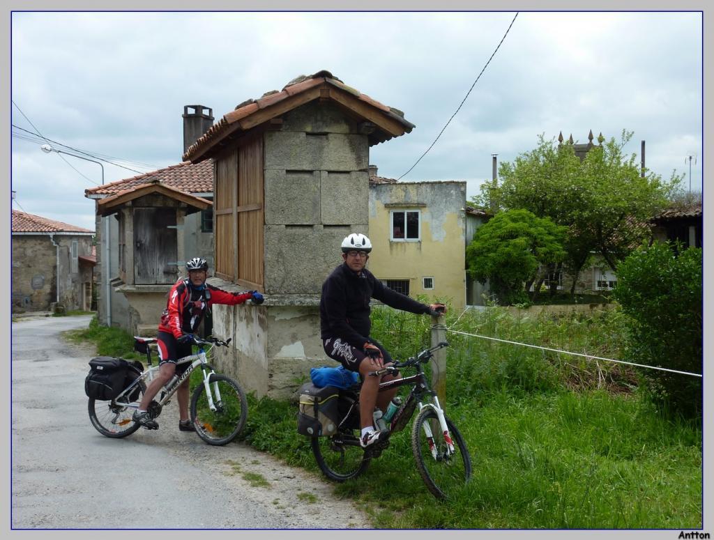 Pamplona - Santiago : nuestro camino P1100444