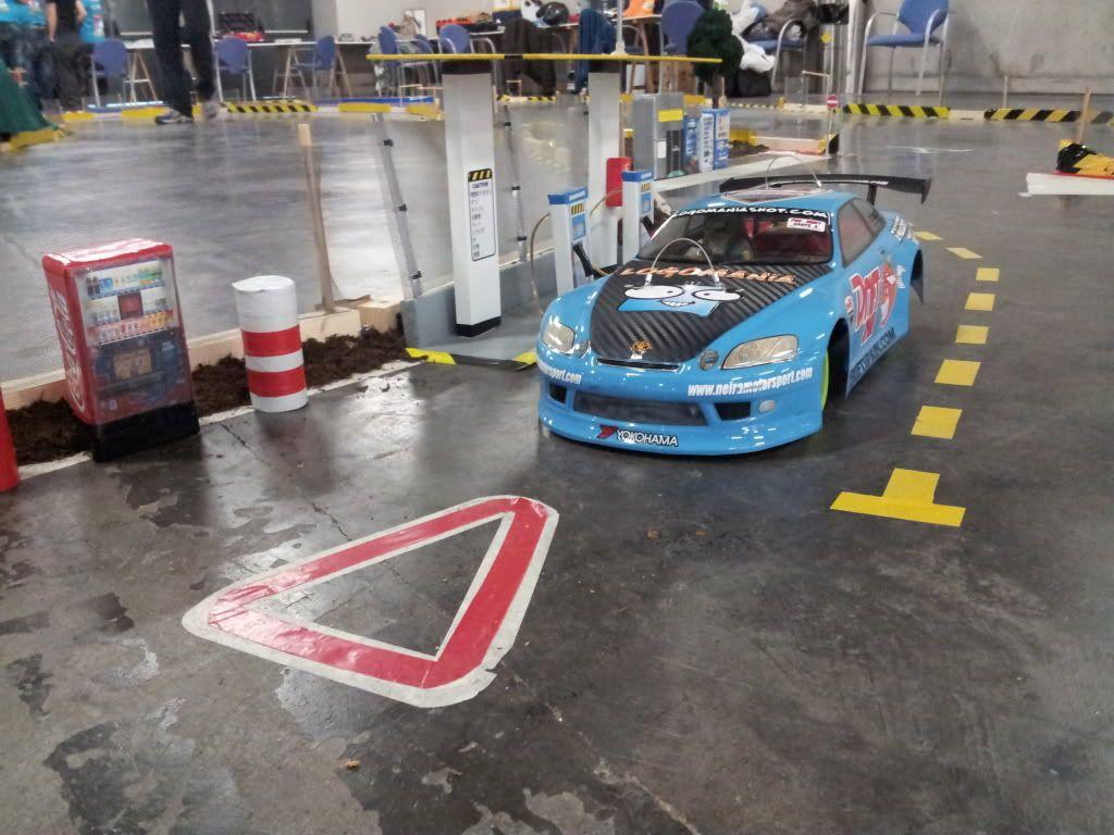 Exhibición con competición en la feria del automóvil de Valencia. - Página 5 20111203_104314