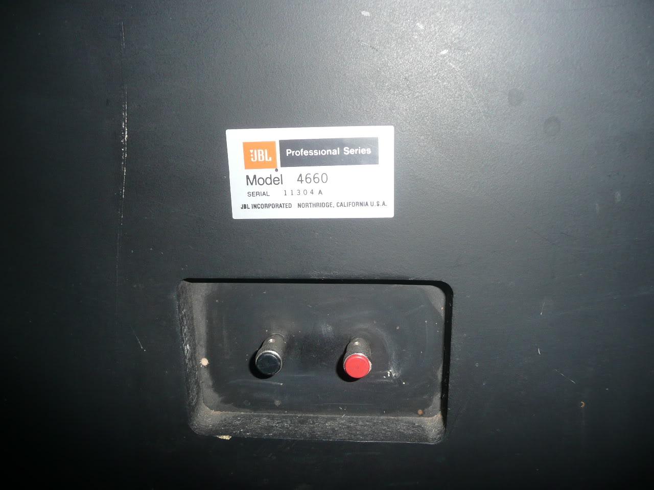 4660A STUDIO MONITOR P1090160