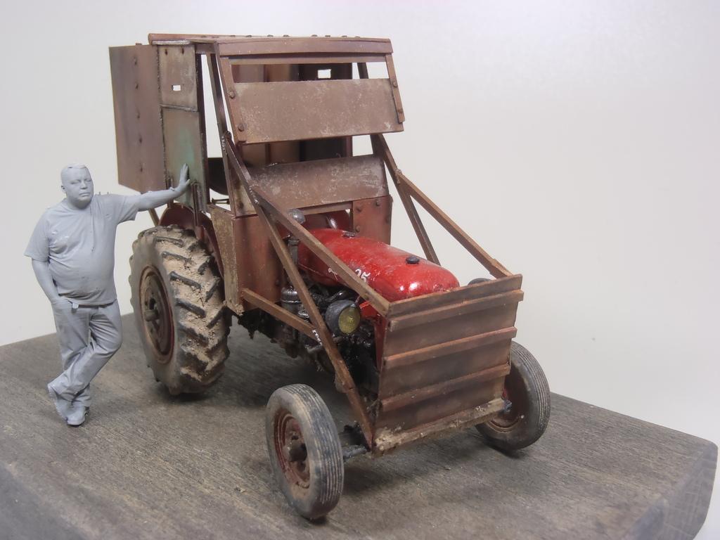Conversion tracteur Zetor 25 en tracteur blindé - SKP Models 1/35 - Page 3 46_zpsmafowuvi