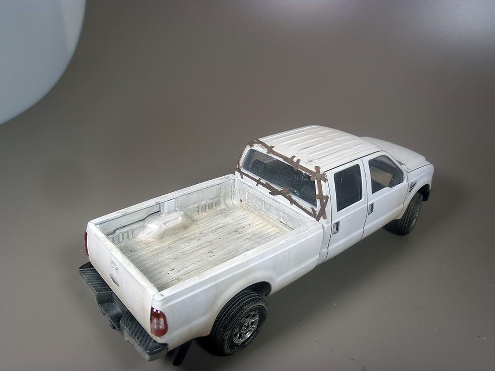 Pickup F 350 (Meng) au 1/35 - Page 2 P1040040a_zpsf61fhvej