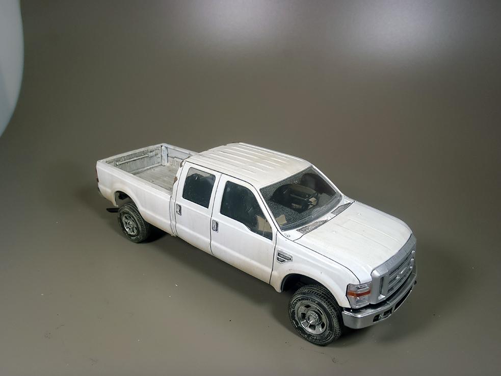 Pickup F 350 (Meng) au 1/35 - Page 2 P1040041a_zpsiiufkqkz
