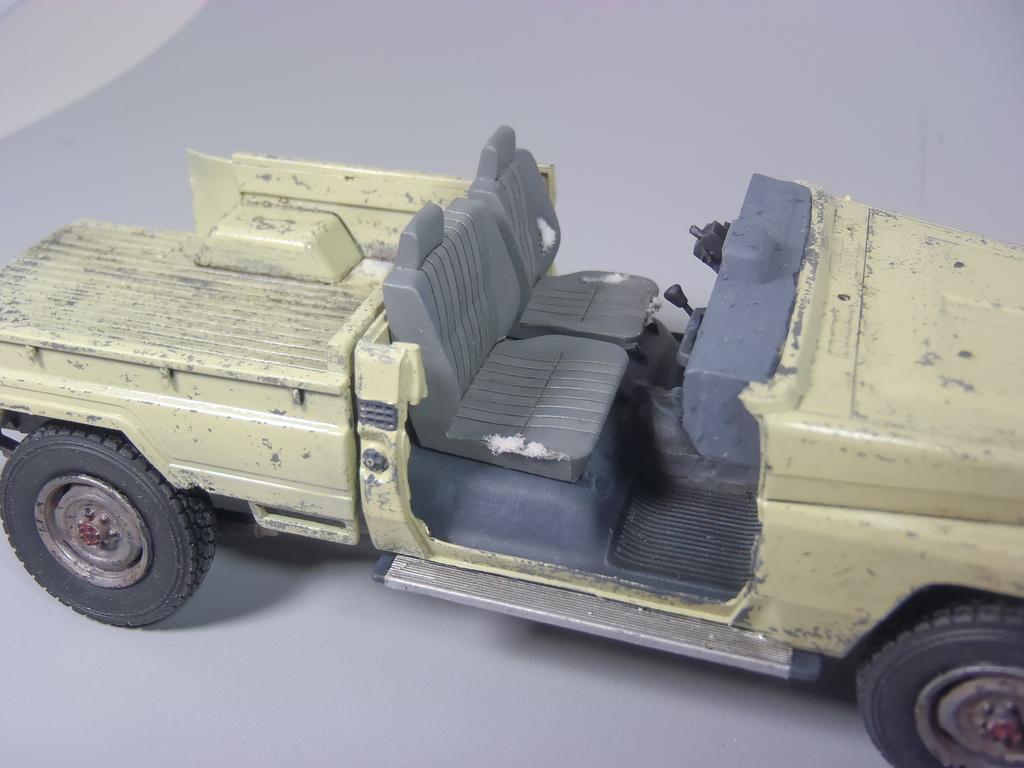 Pick-up (MENG)+tourelle BMP 1/35 (DEF model) P1150301_zpstxulxmbc