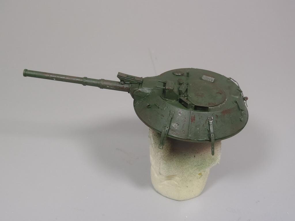 Pick-up (MENG)+tourelle BMP 1/35 (DEF model) - Page 2 P2180430_zpslvxaxuxx