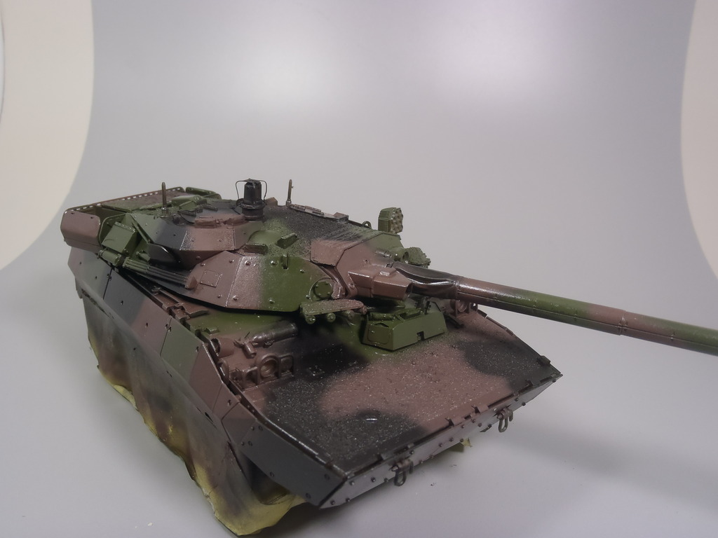 AMX 10 RC (1/35 Tiger Model) PB060134_zpstj2slkcz
